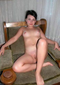 Девушка ищет девушку в  для секса без отношений, хочу ласки и общения
